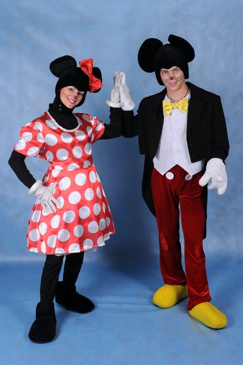 Animator for children in a Mickey mouse costume and a Mini mouse girl in the Studio in costume | hilarious couples costumes