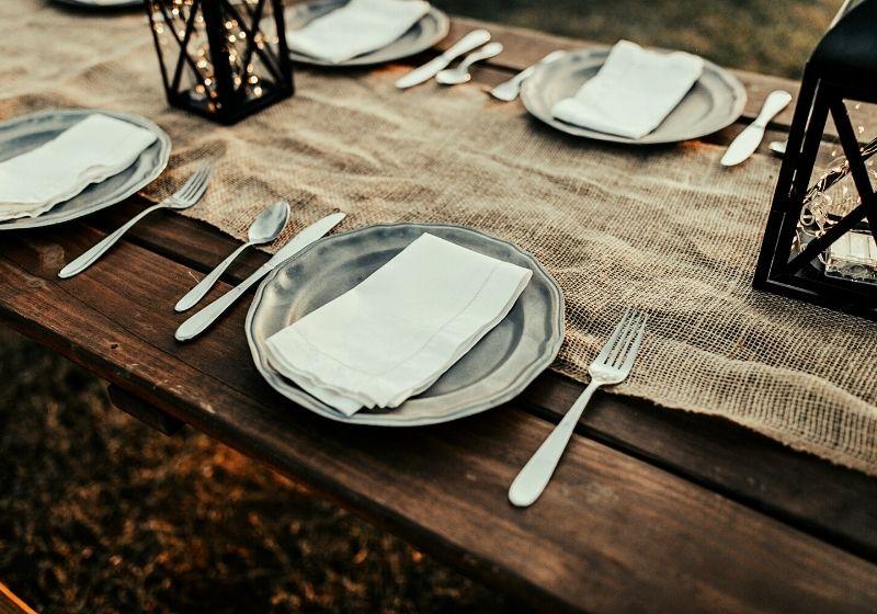 stainless steel plates photo | burlap table runner