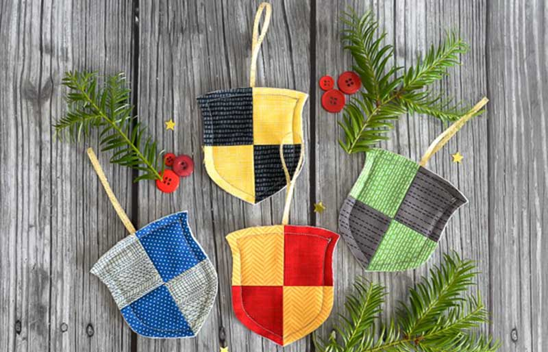harry potter house crest ornaments final   christmas ornaments to sew
