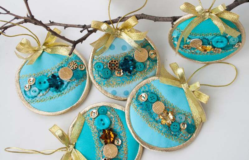 hanging christmas ornament   christmas ornaments to sew