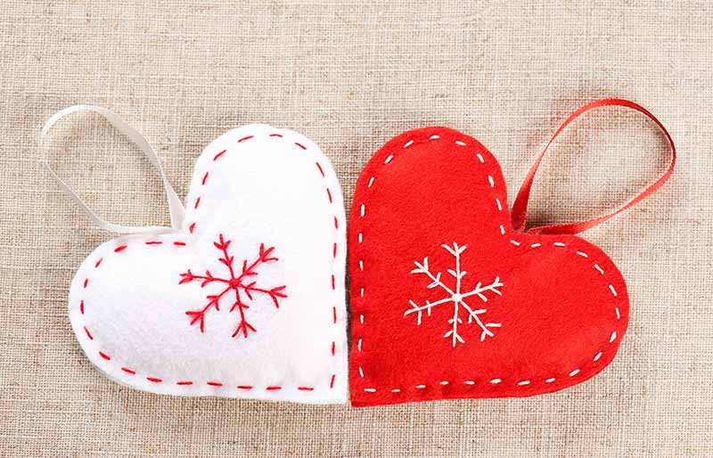 red white hearts handmade felt | christmas ornaments to sew