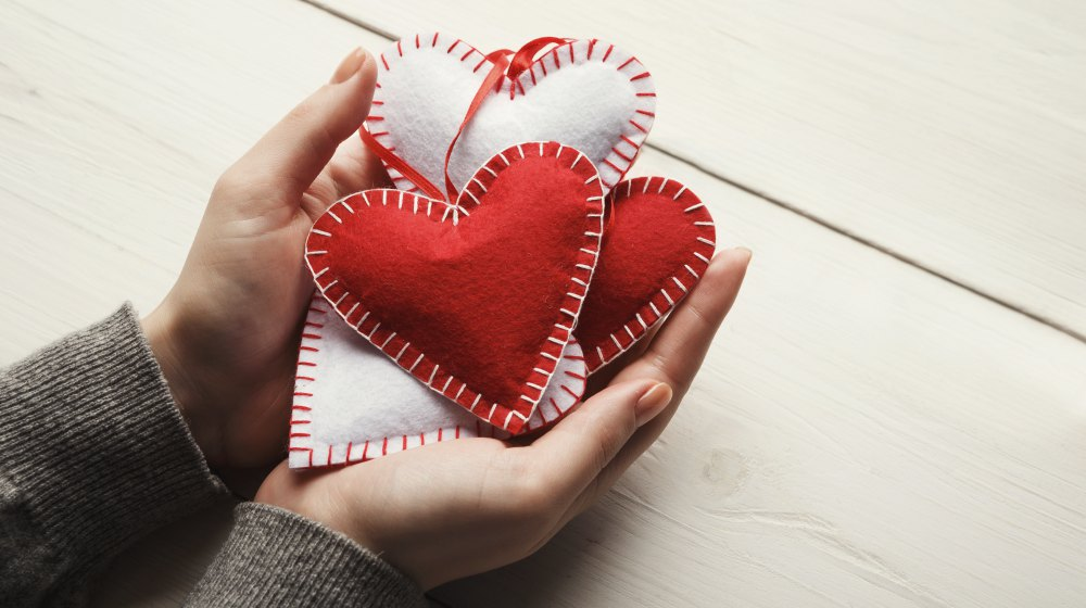Valentine S Day Gift Ideas For Sewing Junkies Sewing