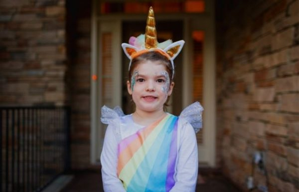 Toddler in Unicorn Costume | Halloween Costume Ideas