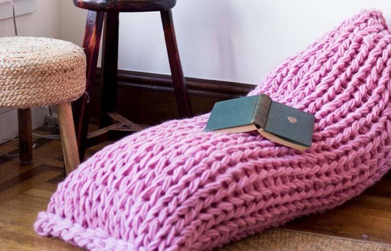 lounge pillow | creative knitting projects