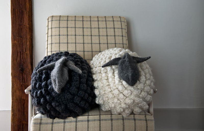 bobble sheep pillow | creative knitting projects