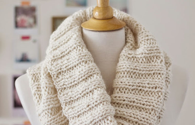 cozy ribbed scarf | creative knitting projects