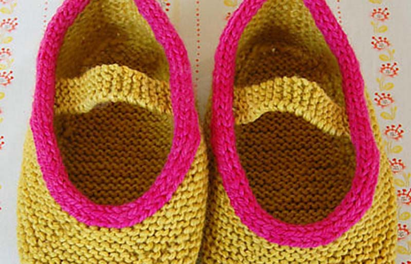 mary jane slippers | creative knitting projects
