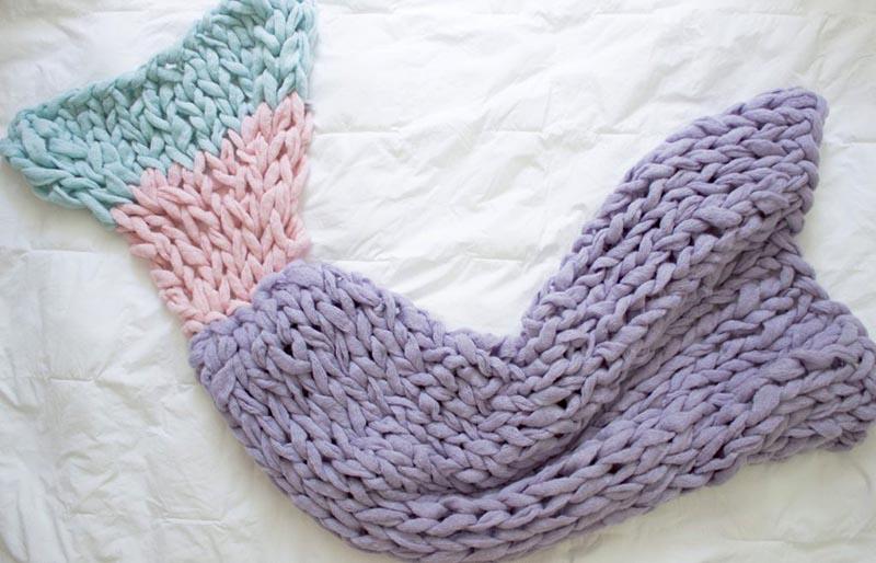 mermaid blanket pattern | creative knitting projects