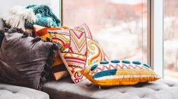 Colorful Throw Pillows | 15 Awesome Decorative Throw Pillows You Can Sew This Fall | Featured