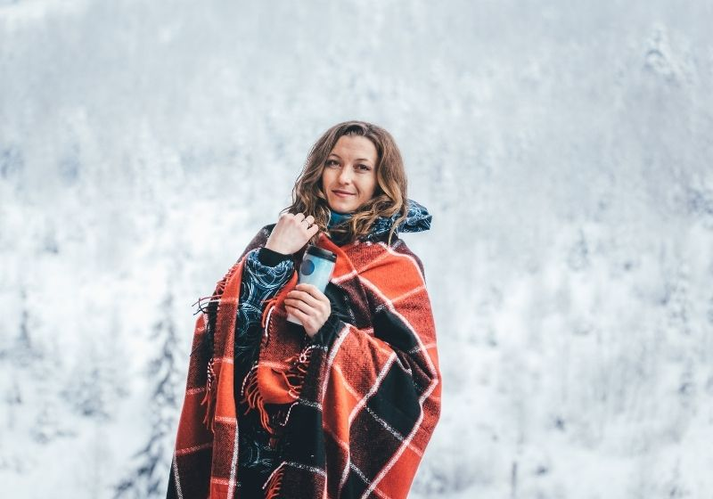 woman wearing red and black checkered cape | woman wearing red and black checked cape photo | easy sewing projects clothes