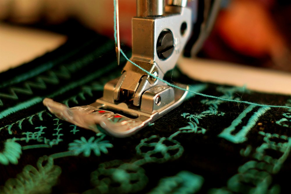 Sewing with a sewing machine | What's The Difference Between Quilting Machines and Sewing Machines?