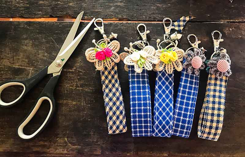 keychain made handmade fabrics | easy sewing projects for beginners