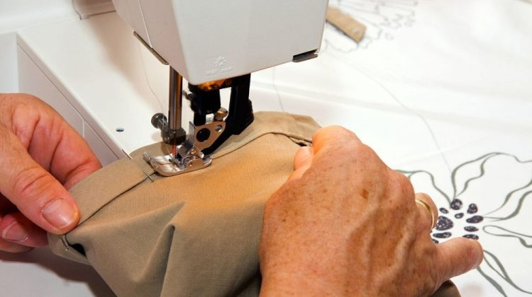 sewing | How To Hem Pants The Easy Way | Featured