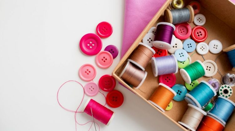 needlework craft sewing tailoring concept box | Easy DIY Sewing Box Perfect For Travelling | Featured